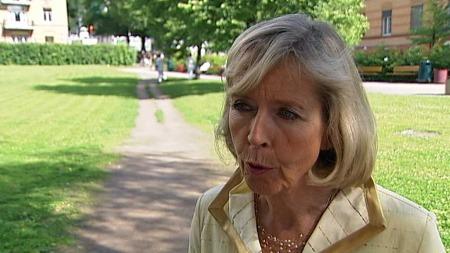 JOBBER MED SAKEN: - Men på noen områder vil det ta tid, sier helseminister Anne-Grete Strøm-Erichsen.  (Foto: TV 2)