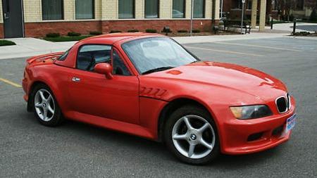 Fronten er umiskjennelig Z3, lenger bakover på bilen blir det mer uklart... (Foto: privat/ebay.com.)