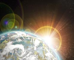 Ozonlaget beskytter oss - og diamantringen - mot farlig stråling   fra solen. (Foto: Colourbox)