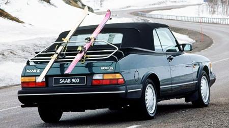 900 cab. har trelags kalesje og kan godt brukes på vinteren