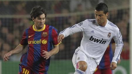 Lionel Messi og Cristiano Ronaldo er nok en gang blant de nominerte til prisen som Europas beste fotballspiller. (Foto: Andres Kudacki/Ap)