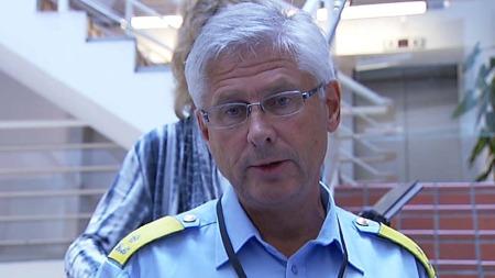 DØDSTALLENE VIL STIGE I OSLO:¿ Vi leter fortsatt etter savnete i Oslo sentrum, men vi vet ikke hvor mange, sier Sveinung Sponheim, fungerende politimester i Oslo.  (Foto: TV 2)