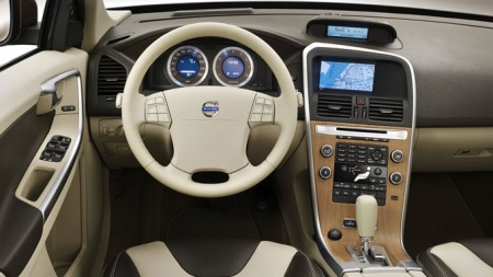Volvo-XC60_dashbord
