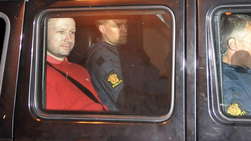 ANKER TIl HØYESTERETT: Terrorsiktede Anders Behring Breivik anker oppnevnelsen av nye sakkyndige til Høyesterett. (Foto: Jon-Are Berg-Jacobsen/SCANPIX)