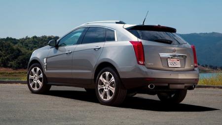 SRX vil være en meget aktuell bil når - eller hvis - Cadillac setter i gang sin varslede Europa-offensiv. Men en dieselmotor lar vente på seg. Foto: Netcarshow.com