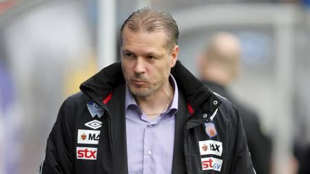 AVVISER IKKE LSK: Kjetil Rekdal svarer ikke avvisende på om han er aktuell til trenerjobben i Lillestrøm. (Foto: Ekornesvåg, Svein Ove/Scanpix)