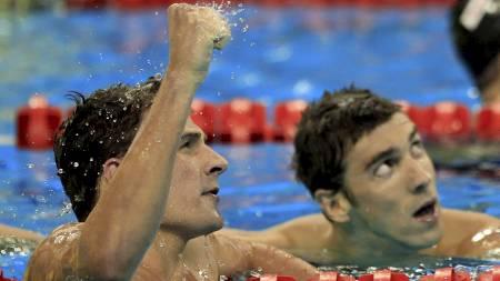 Ryan Lochte og Michael Phelps (Foto: CHRISTINNE MUSCHI/Reuters)