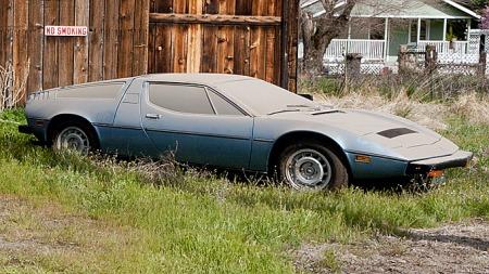 Den nyeste og minst kjørte av bilene er denne 1977 Maserati Boraen, som ennå ikke har rundet 1.000 miles. Medfølgende dokumentasjon viser at den kostet røslige 39.000 dollar da den var ny. Photo courtesy of Mecum Auctions (Foto: Michael Le Guellec)