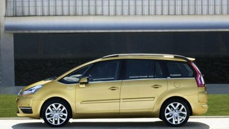C4 Grand Picasso er en smart bil med mange familievennlige løsninger.