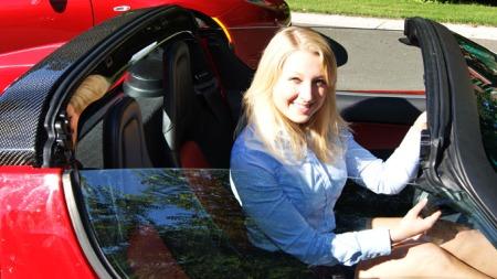 Ine Roren er den første ansatte i Tesla Norge.