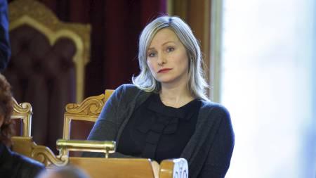 BEKYMRET: Inga Marte Thorkildsen er beymret over tendensen til at unge jenter blir sugd inn i de voksnes verden for tidlig. (Foto: Aas, Erlend/Scanpix)