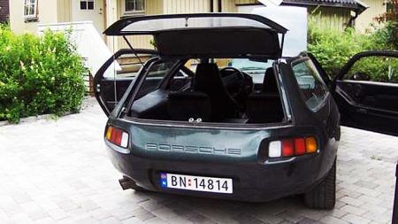 Porsche 928S 3-dørs stasjonsvogn med V8-motor.  (Foto: Privat)