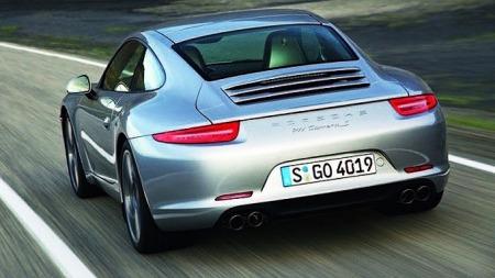 Porsche-991-bakfra-sølv