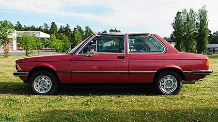Hadde du lyst på flunkende ny BMW på slutten av 70-tallet, men manglet penger? Nå har du sjansen igjen! Foto: Privat