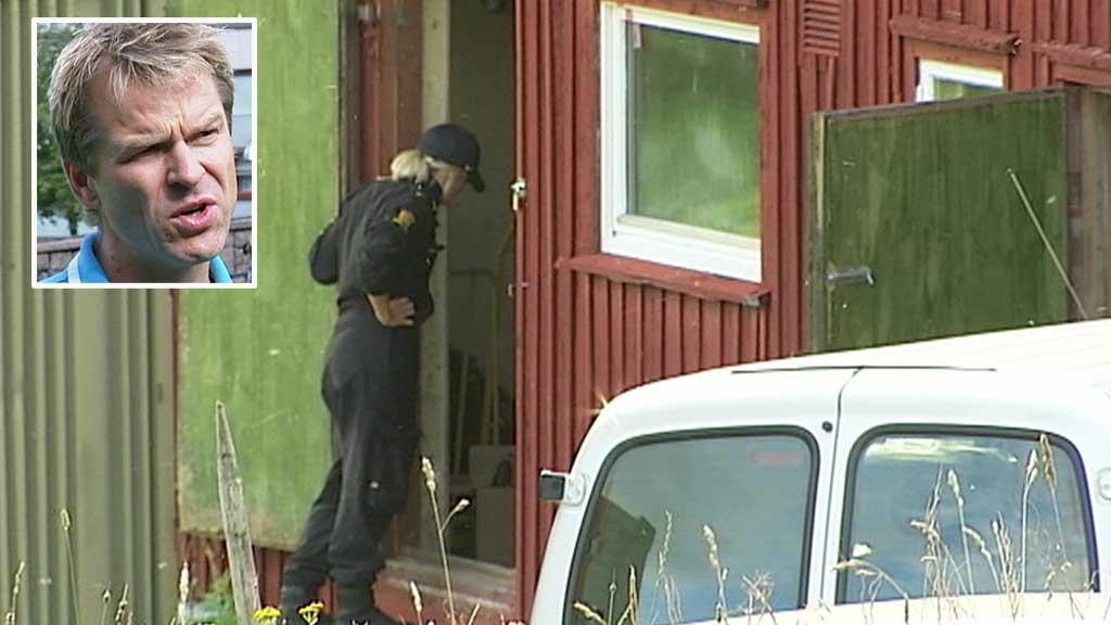 MER TIL NÆRPOLITIET: Sigve Bolstad i Oslo politiforening ønsker at det lokale politiet skal ha mer kontakt med nærmiljøet. Bildet viser politiets aksjon mot gården Anders Behring Breivik leide i Hedmark. (Foto: TV 2)