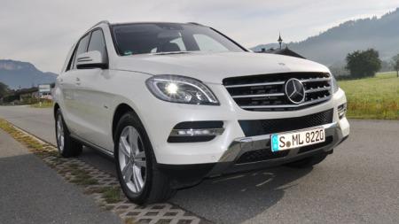 I hvitt er bilen elegant og stilig