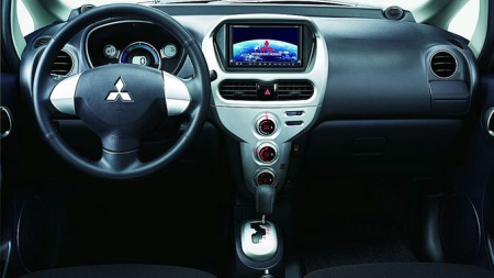 Mitsubishi-i-MiEV_dashbord