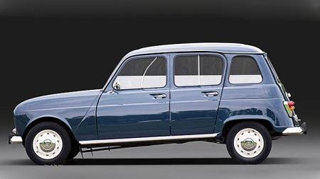 Dette er den oprinnelige Renault 4. Forskjeller til tross, likhetene er store