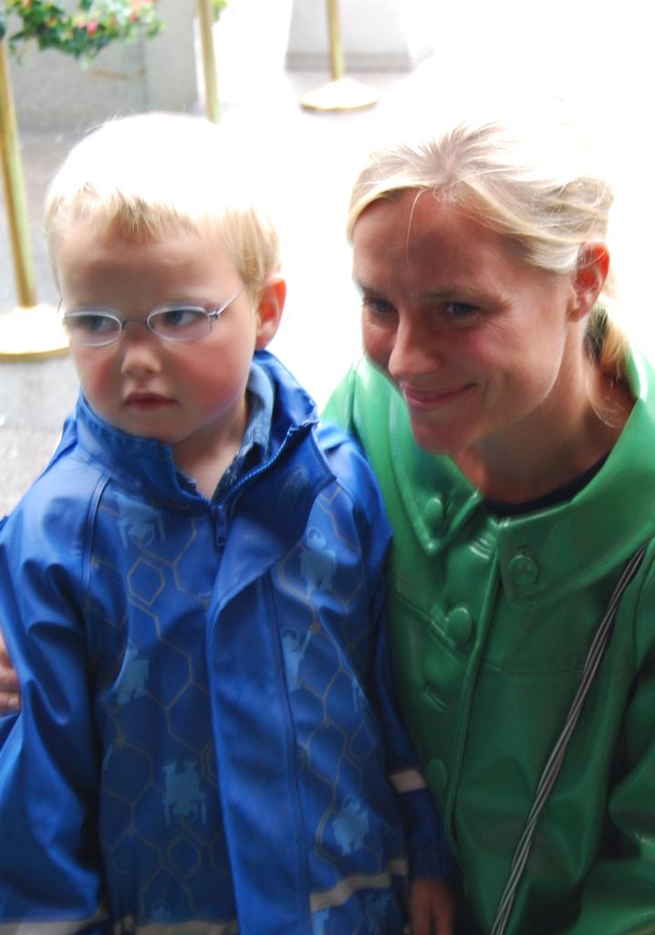 TV-fjes Solveig Kloppen med sønnen Albert (5). (Foto: Tv 2)