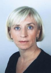 Overlege ved Hjerteavdelingen ph.d Mai Tone Lønnebakken forsker   på kvinnehjertet. (Foto: Privat)