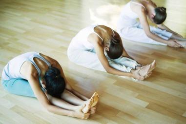 I yoga trener du opp mental styrke, fysisk styrke, konsentrasjonen   og oppmerksomhet. Det finnes en rekke varianter av yoga å velge mellom.   (Foto: Illustrasjonsbilde)