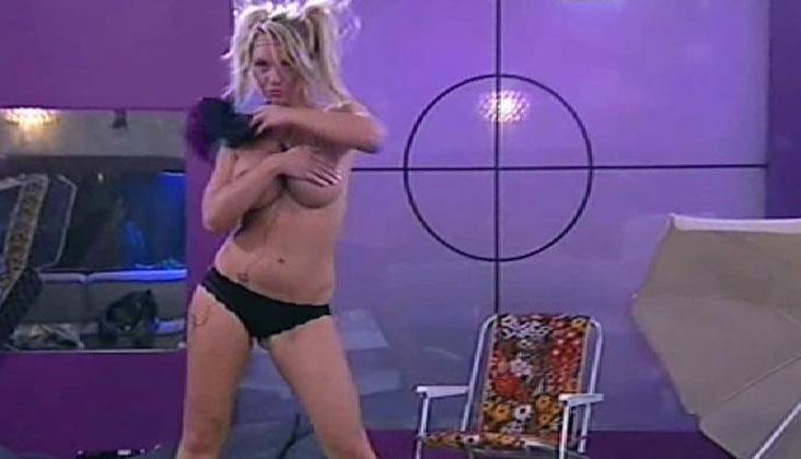 lene-charlotte-stripper