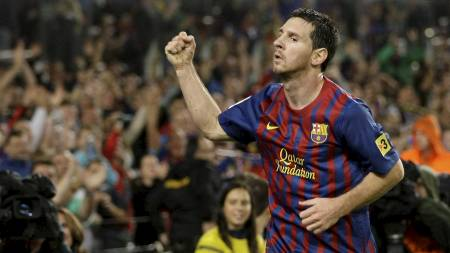 TRE MÅL: Lionel Messi scoret tre nye mål da Barcelona nedsablet Atletico Madrid. (Foto: GUSTAU NACARINO/Reuters)
