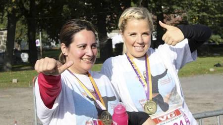 ETTER MÅLGANG: - At jeg gjennomførte distansen på Oslo Maraton gir ny motivasjon og pågangsmot, forteller Marit Myrland. (Foto: Privat/)
