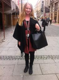 ULL MOT KULDEN: Hanna Traaseth liker store ullplagg når høsten melder sin ankomst