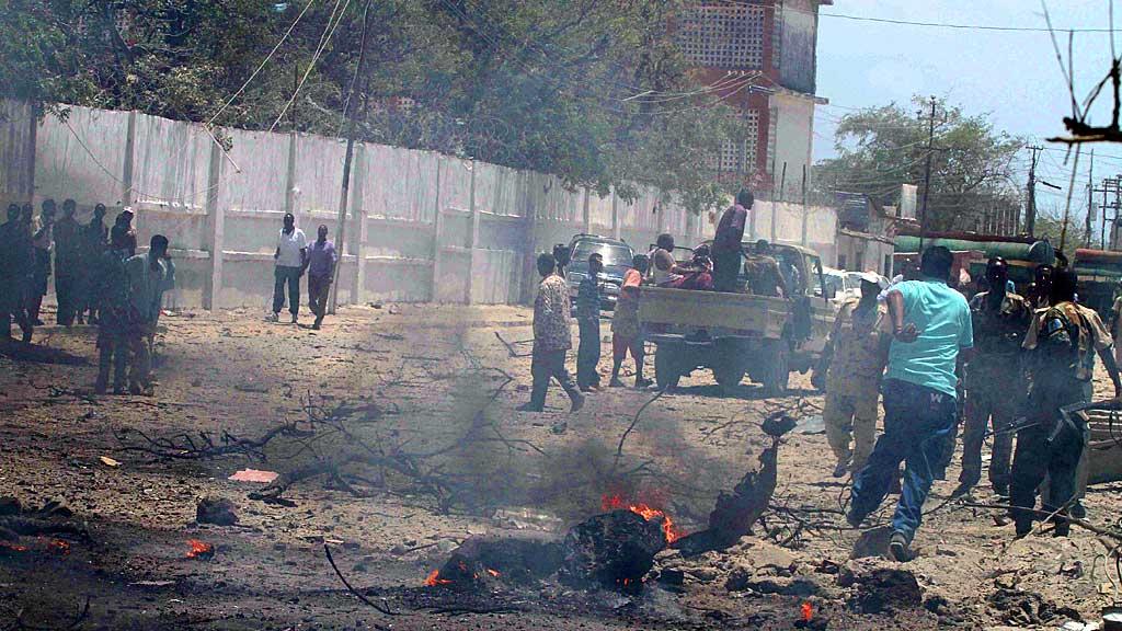 Terrorangrepet i Somalias hovedstad Mogadishu tirsdag tok minst 70 liv og er ett av de verste i landet noensinne.  (Foto: AFP)