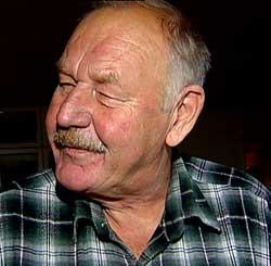 BROREN DØDE: - Det er jo litt tidlig å dø når du er 62 år, sier Øyvind Hvalen.