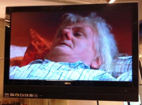 Per Inge Torkelsen sier at karakteren hans får en «dødsfestlig slutt». Dette bildet er tatt i Cæsars produksjonslokaler under innspillingen av en av Per Inges scener. (Foto: Tore Waskaas)