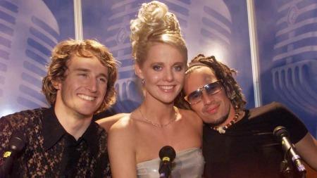 Gunilla jobbet blant annet som programleder for musikkprisen HitAwards. Her fra 1999 sammen med Daniel Franck og Erik Røe. (Foto: Tor Richardsen)