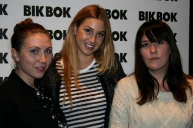 Vi tok en prat med MTV-stjernen Whitney Port om hennes nye kolleksjon   for Bik Bok, og fikk samtidig klesdesignerens stiltips for høsten. F.v.   TV2s Kjersti Skar Staarvik, Whitney Port og TV2s Ida Elise Eide Einarsdóttir