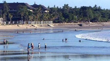 KJØPTE MARIHUANA: Her på denne stranda kjøpte den 14 år gamle guten marihuana av ein selgar som ikkje hadde fått i seg mat heile dagen, hevdar han. No risikerar guten seks års fengsel. (Foto: AP)
