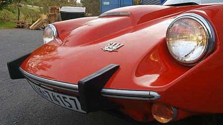 Det spesielle designet på Sonetten gjorde den på alle måter til en bil for entusiastene. V4-modellen fikk et relativt spesielt panserscoop i to høyder, som skiller den fra de tidligere rundt 250 produserte Sonett II-utgavene. Foto: Privat
