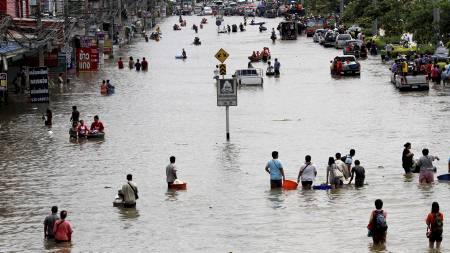 Ayutthaya ligger 10 mil fra Bankok og er en av de verst flomrammede stedene i Thailand. (Foto: SUKREE SUKPLANG/Reuters)