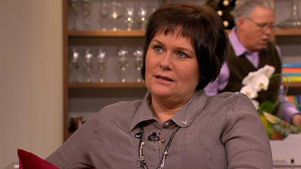 Anne Grethe Jensen sliter med sosial angst og panikkangst. Hun er livredd for å besvime når hun er ute blant folk.  (Foto: God morgen Norge)