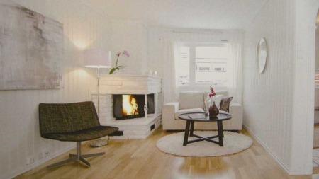 Her er den samme stuen etter den ble stylet.