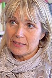 REAGERER: Bistandsadvokat Nina Braathen Hjortdal mener Øygard   burde tatt permisjon så lenge han er under etterforskning. (Foto: Harald   Christian Eiken / TV 2)