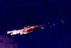 Kollisjonen med atmosfæren ble for mye for denne meteoren, som delte seg opp. Bildet er tatt i 2005. (Foto: Wikimedia Commons)