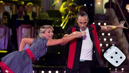 HELT I TIDEN: Lars Bohinen og Alexandra Kakurina reiste tilbake   til 50-tallet i sin showdance.