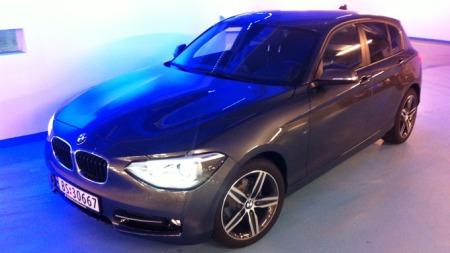 Den vil garantert vekke debatt med det nye designet, men vi er overbevist om at salgstallene også kommer til å bli hyggelige for nye BMW 1-serie - fordi kjøreegenskaper, komfort, kvalitet og plass taler til dens fordel.