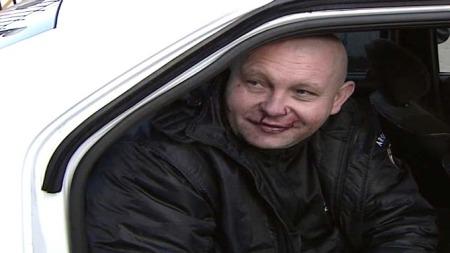 FORELSKET: Den rabiate sjåføren Vitaly Grodic knuste 17 biler på sin ferd gjennom Moskvas gater.  (Foto: RURTR)
