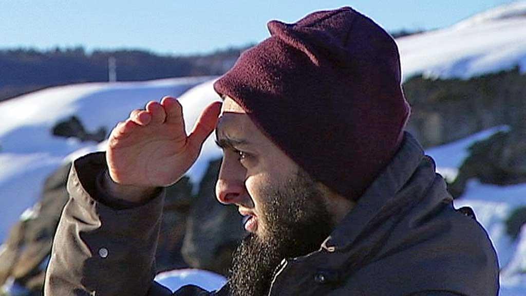 - OPPHOLDER SEG I SVERIGE: 25 år gamle Mohyeldeen Mohammad skal for tiden oppholde seg i Sverige. Hans far vil ikke kommentere opplysningene. (Foto: TV 2)
