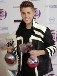 Justin Bieber 2 ( ©dj)