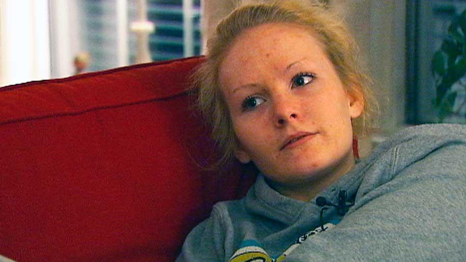 FORTSATT SYK: ME-syke Veronica sover 18 timer i døgnet. (Foto: Jon Eirik Olsen/TV 2)