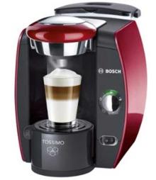 Kaffemaskinene har for alvor tatt opp kampen med kaffetraktere når det gjelder kaffetilberedning. Stadig flere kaffemaskiner kommer i markedet, mange av dem er basert på kapsler.  (Foto: lefdal.no)