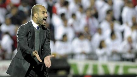 -HOLD MUNN: Barcelona-trener Josep Guardiola synes Yannick Noah burde holdt seg for god til å komme med de kontroversielle uttalelsene. (Foto: CRISTINA QUICLER/Afp)