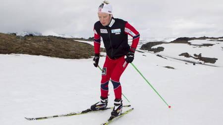 Sjur Røthe er den langrennsløperen Odd-Bjørn Hjelmeset er mest spent på denne sesongen. (Foto: Junge, Heiko/Scanpix)